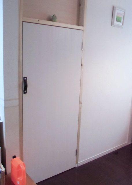 猫閉じ込め扉を立てる