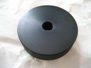 ネジ受けに使うABS円盤