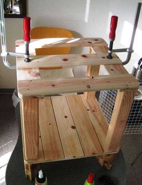 すのこ材を使って天板を作る