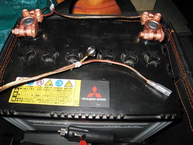 電源は自分で交換した古バッテリー
