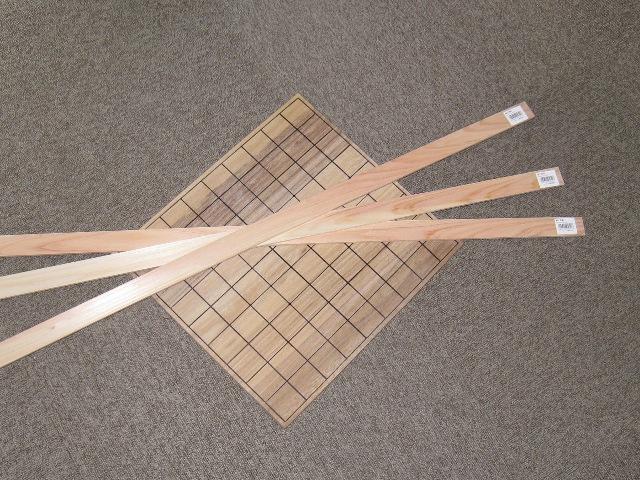 ヒノキの工作材で動物将棋用こまを作る
