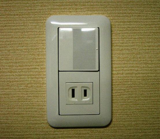 スイッチ付きコンセントになるように配線