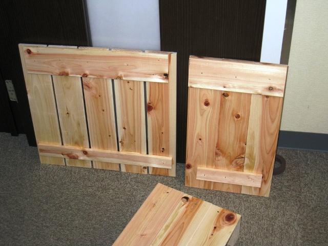 猫の餌をストックする箱をスノコで作る