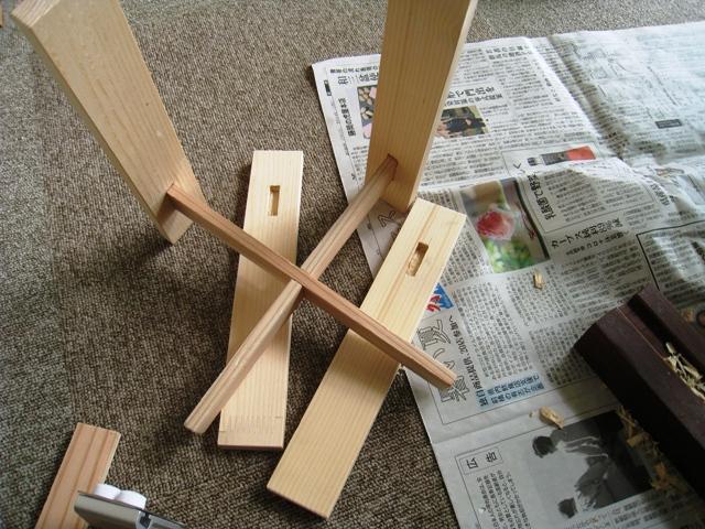 鉢スタンドの脚を作る